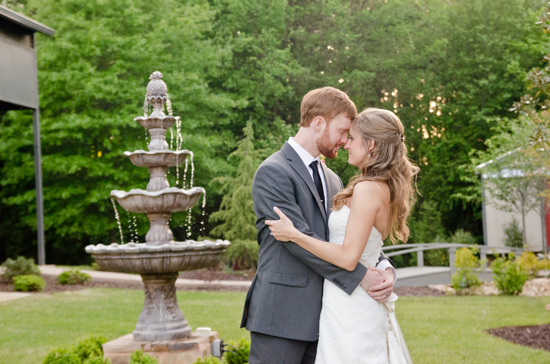 Venue 92 Wedding Pictures | Woodstock, GA | Bekah & Joe