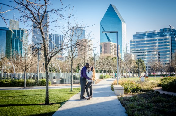 Dallas Arts District Engagement Session | Dallas Wedding Photographers