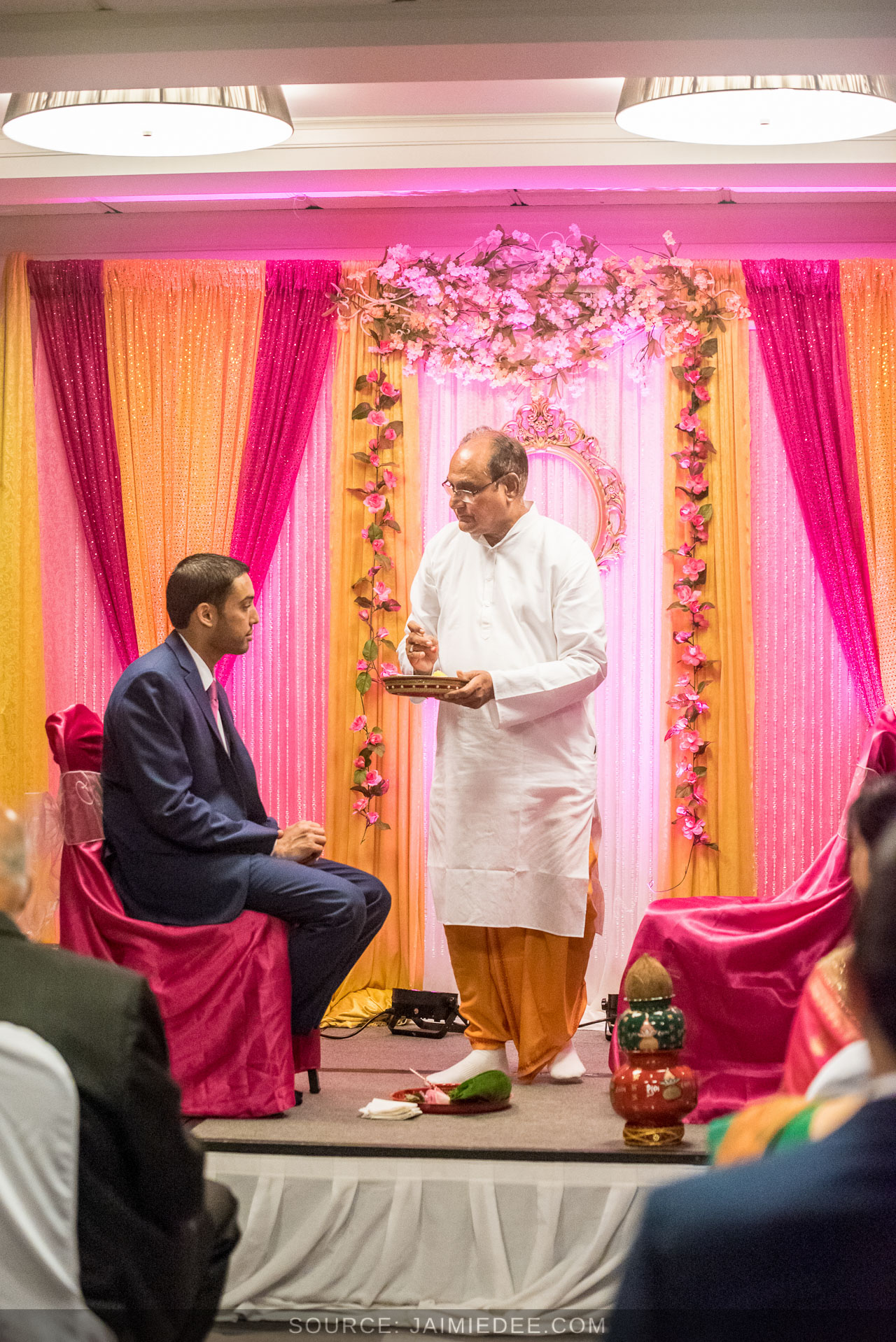Hyatt-Regency-Suites-Atlanta-Northwest-Indian-Wedding-0011