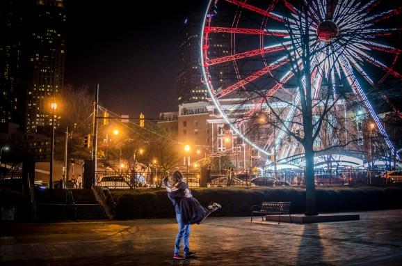 Atlanta Wedding Photographers | Centennial Park Engagement Pictures