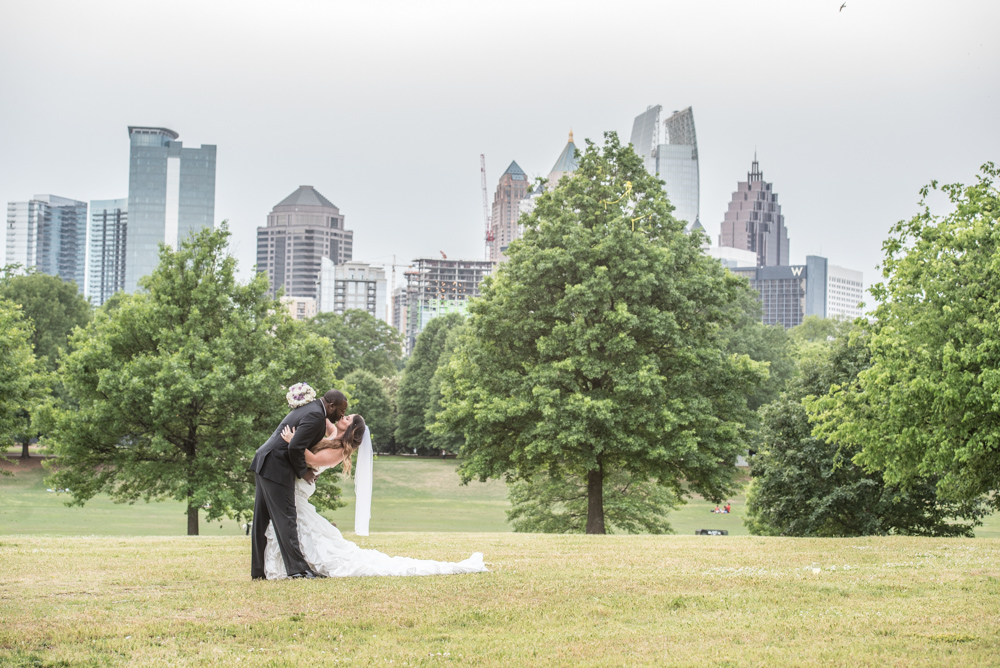 piedmont-garden-tent-wedding-photos-atlanta-wedding-photographer